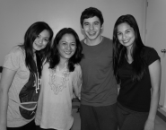 David with his Nandito Ako co-stars Eula Caballero and Jasmine Curtis-Smith, and acting coach/actress Gina Alajar